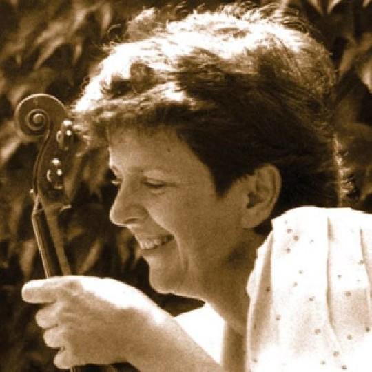 Ana Chumachenco Gwendolyn Masin