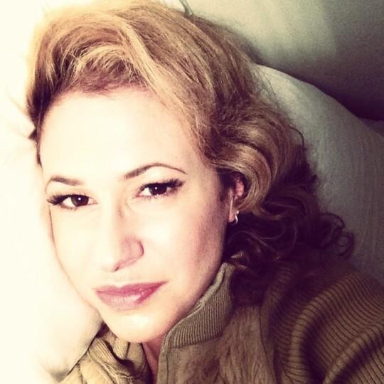 Pillow_Gwendolyn Gwendolyn Masin