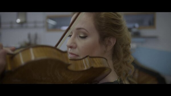 Gwendolyn plays Faure from the album TROIS
